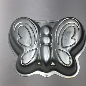 Wilton butterfly cake pan  2003